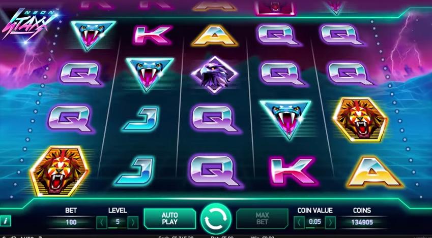 Neon-Staxx-slot3